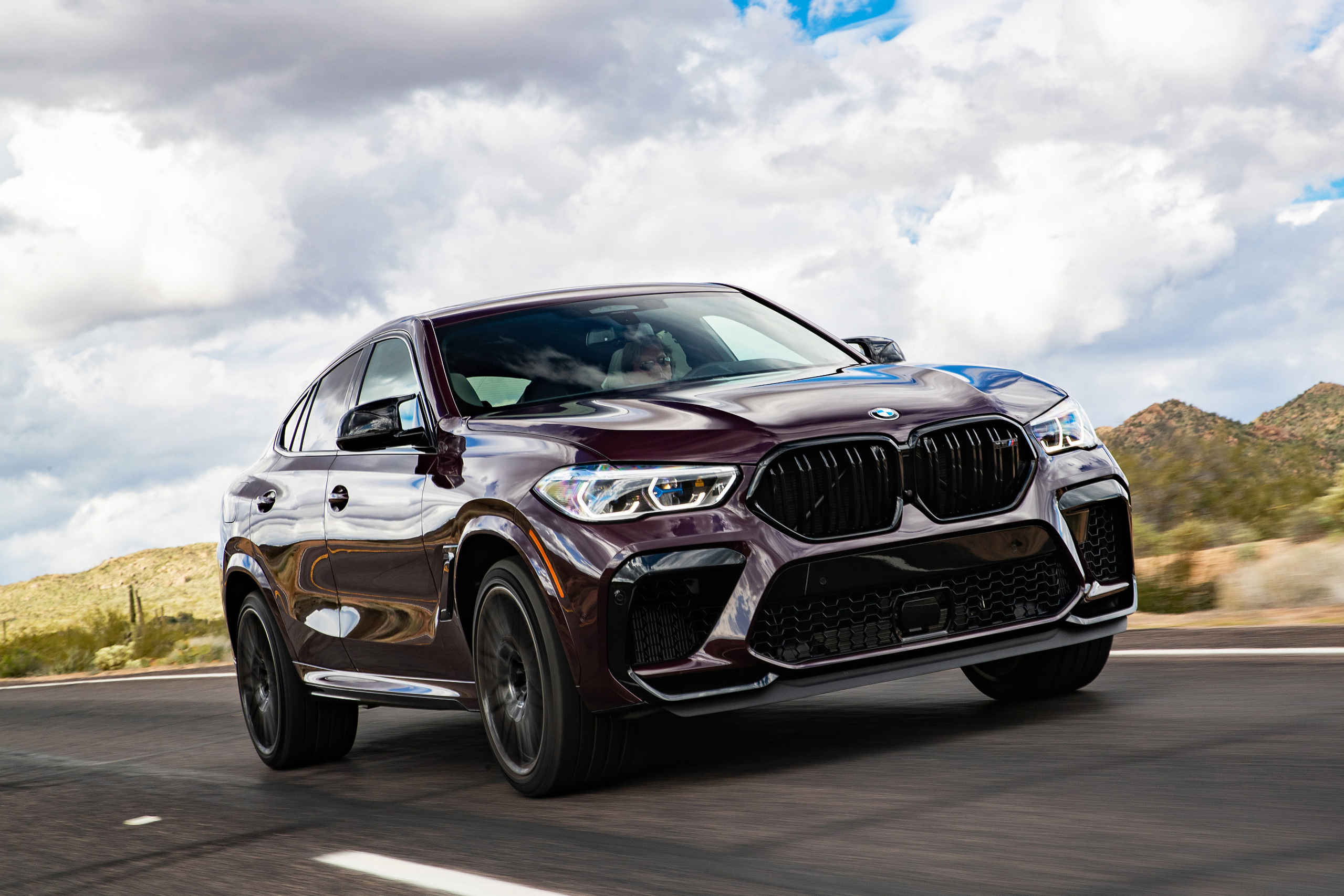 Видеообзор BMW X6 M Competition